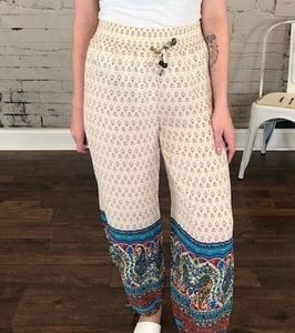 Easel NWOT Joggers With Drawstring Waist S